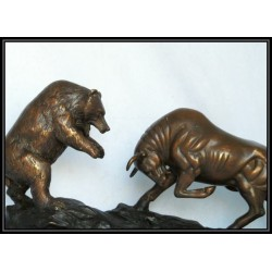 BULL AND BEAR STATUE IN BRONZE