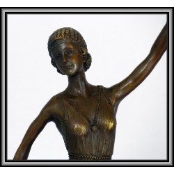 Art Deco Ladies Three Statue Figurine Bronze