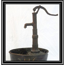 Fountain Water Feature Old Style Water Pump